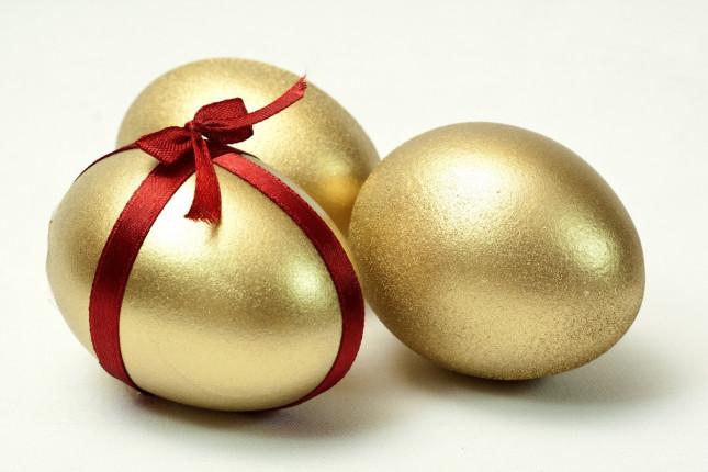 Uova di Pasqua: la moda ha da dire la sua anche sul cioccolato