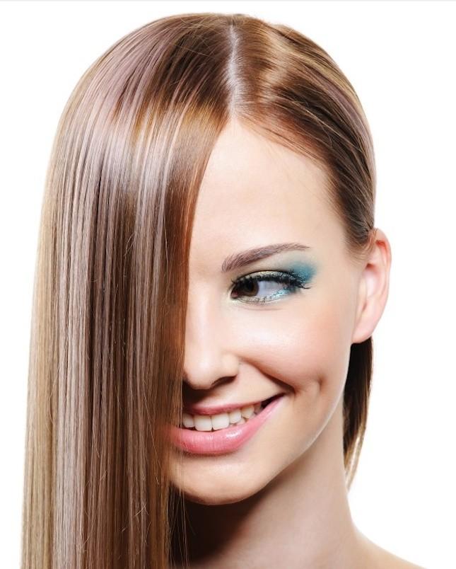 Per capelli perfettamente lisci scegli la piastra giusta
