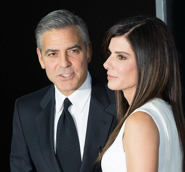 George Clooney e Sandra Bullock sul red carpet per Gravity