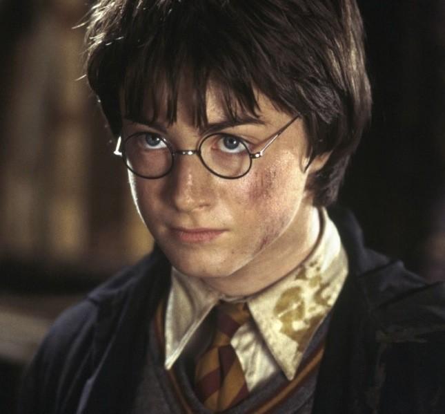 La saga di Harry Potter è nata dalla penna della scrittrice inglese  J. K. Rowling tra vari caffè di Edinburgo