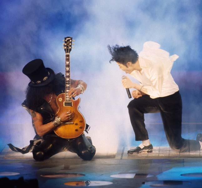 Un'esibizione live con Slash dei Guns and Roses