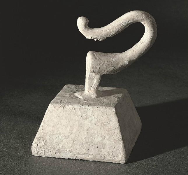 Piero Manzoni - Achrome, 1960 circa - base in legno, gancio e caolino, 10x6x6 cm, Collezione privata, Foto Attilio Maranzano, Milano