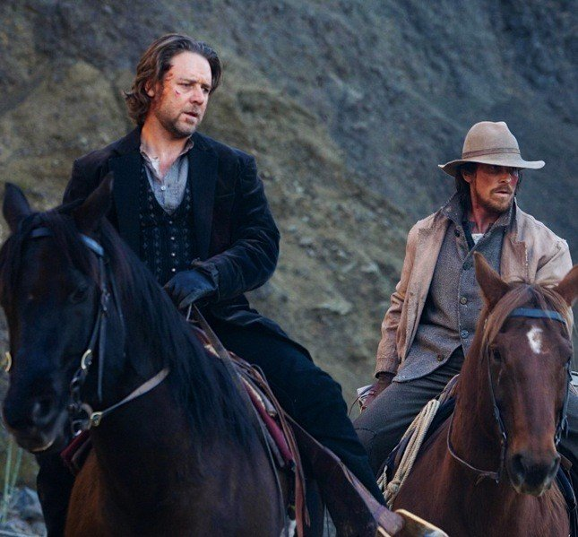 Russel Crowe e Christian Bale in Quel treno per Yuma, film nominato per due Oscar