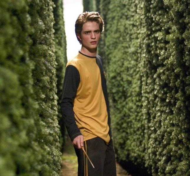 Lo avete riconosciuto? Ecco Robert Pattinson, amore delle più giovani, nei panni di Cedric Diggory in Harry Potter e il calice di fuoco