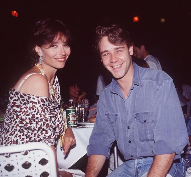 Un giovanissimo Crowe (era il 1992) con la collega  Rachel Ward