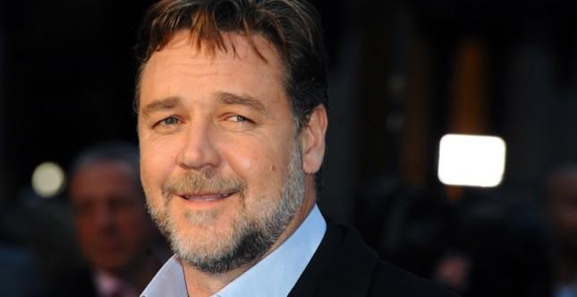 Russell Crowe è nato il 7 aprile 1964, 50 anni fa, in Nuova Zelanda