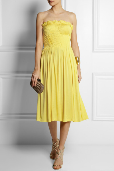 Vestito giallo di Sophia Kokosalaki in jersey con gonna plissettata