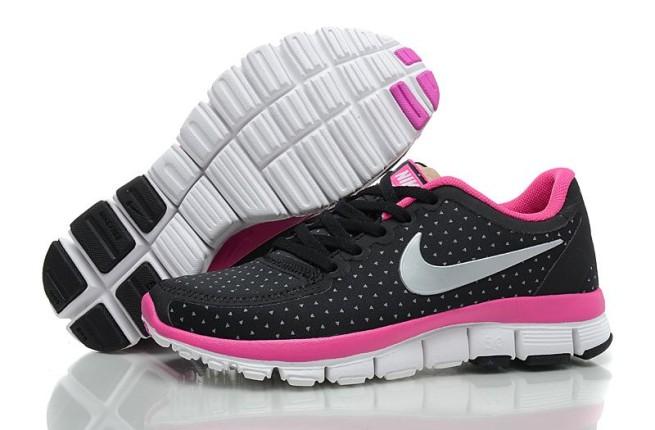 Nike Free 5.0_ bianche e nere con interno fucsia