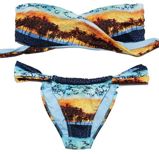 Bikini Lovers modello Sunset