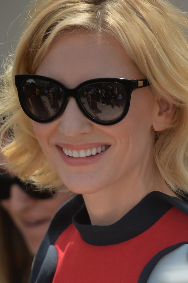 Cate Blanchett in Giorgio Armani Garconne