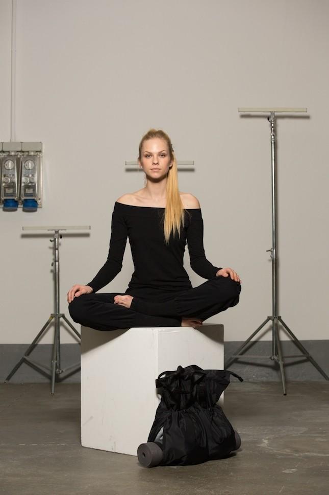Maglia e pantalone Yoga Dimensione Danza
