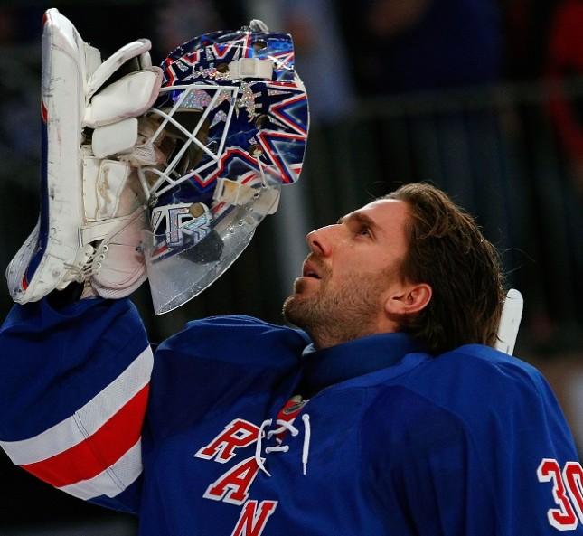 L'hockeista Henrik Lundqvist al Madison Square Garden