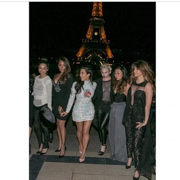 Kim e le sue amiche durante i festeggiamenti. Credits: Kim Kardashian on instagram