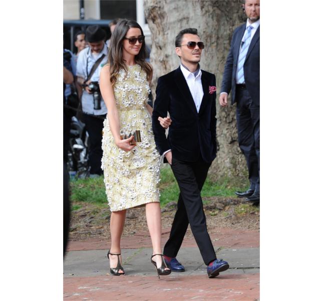 Matthew Williamson in arrivo al matrimonio di Poppy Delevingne / photo: Getty
