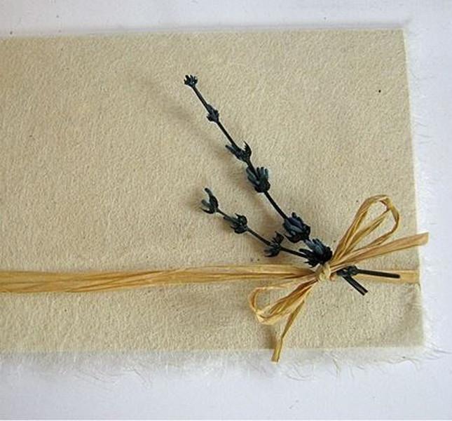 Partecipazione seta e lavanda by Raggio Verde
