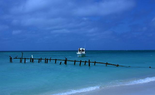Playa Ancon, Trinidad de Cuba / @flickr / neiljs