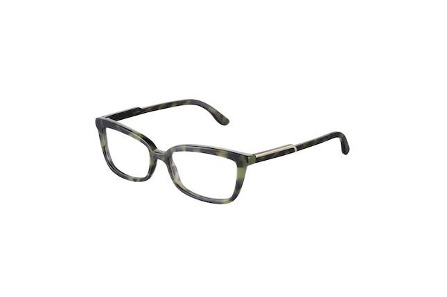 Occhiali da vista con montatura scura e lente quadrata