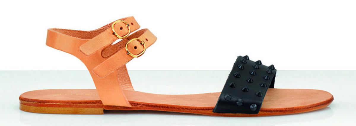 SOLDINI sandalo ultra flat in pelle con suola in cuoio fascia nera con mini borchie e doppio cinturino alla caviglia