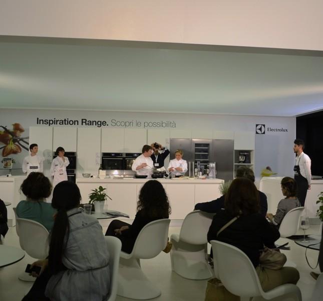 Gli chef si sono alternati in cucina per spiegare i loro segreti al pubblico