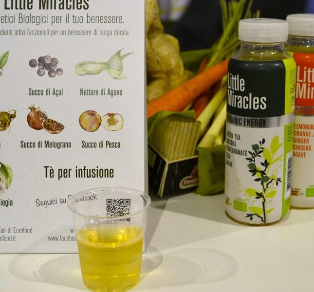 Tra i vari stand dei produttori si può trovare anche qualche novità, come questo tè freddo bio