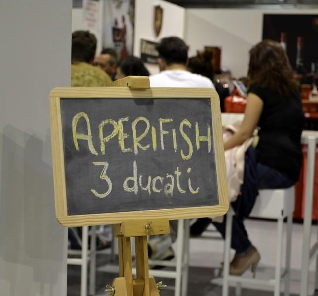 Taste of Milano è un mondo sospeso nello spazio e nel tempo in cui gli assaggi si pagano in ducati