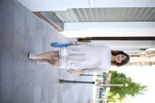 Benedetta - un tocco di colore con la pochette in pelle azzurra