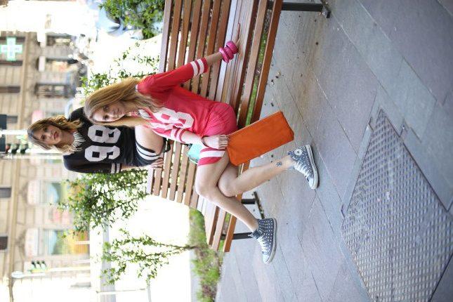 Giulia e Silvia - largo ai giochi di colore con accessori e pochette