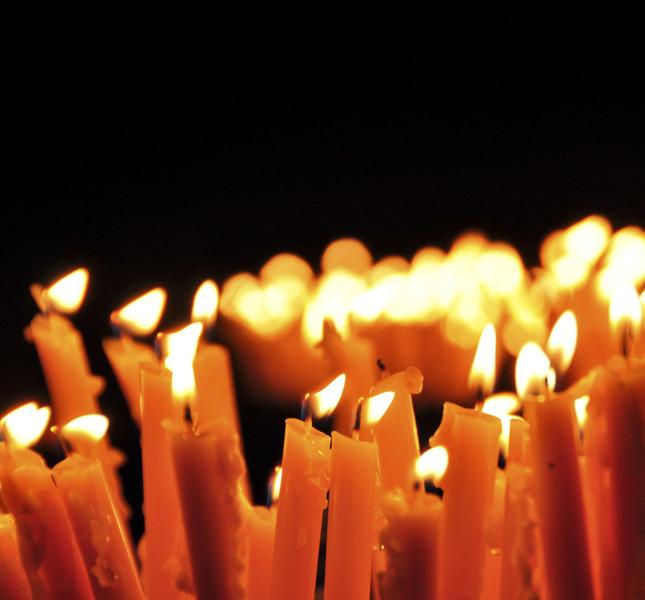 le candele donano un'atmosfera magica