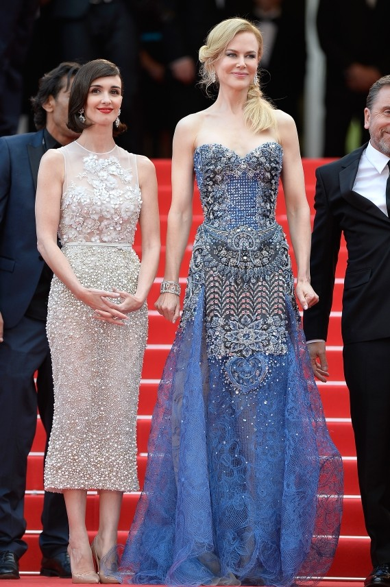 Le protagoniste del film Grace di Monaco: Nicole Kidman in Giorgio Armani Privè e Paz Vega in Elie Saab Couture