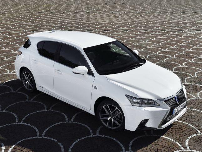 Lexus CT, la versione restyling