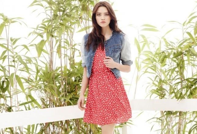Giacca di jeans il nuovo trend della stagione estiva 2014_Motivi