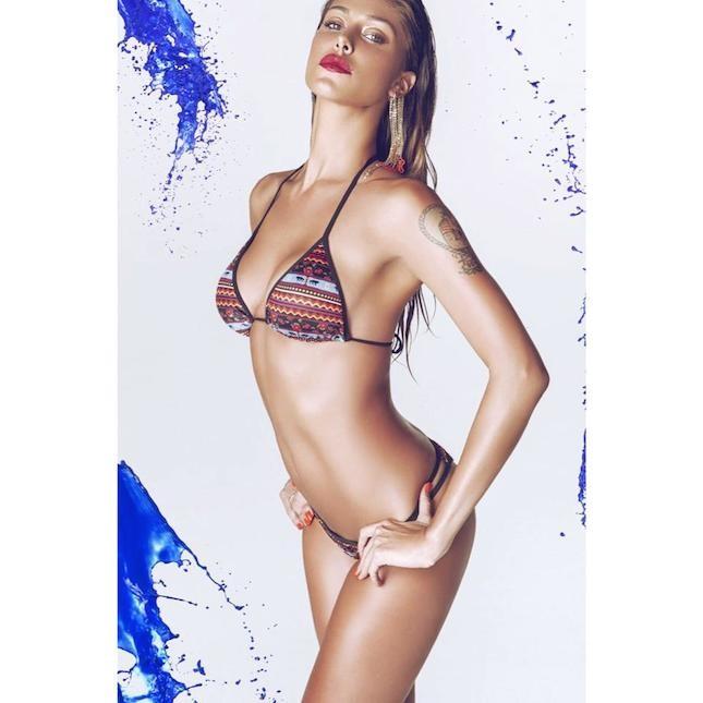Belen Rodriguez con bikini della collezione 2014 Me Fui