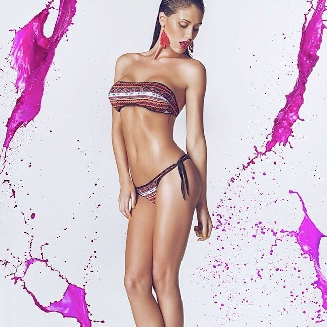 Cecilia Rodriguez con bikini della collezione 2014 Me Fui