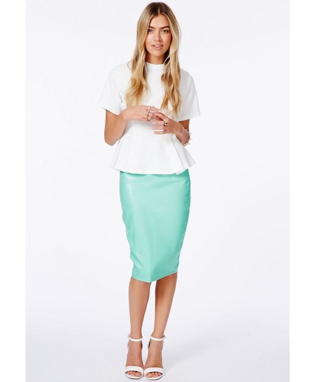 Coloratissima, la gonna in pelle è perfetta da indossare anche in estate_Asos