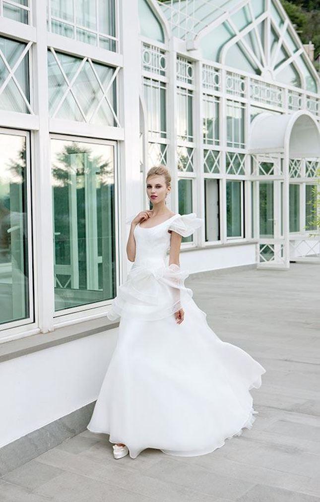 Elisabetta Polignano_abito da sposa con spalline e tullè