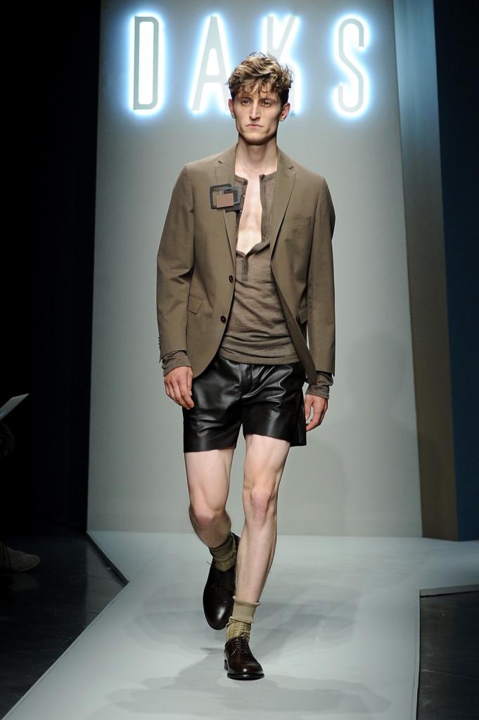 Per la SS 2015 di Daks, ecco gli shorts in pelle