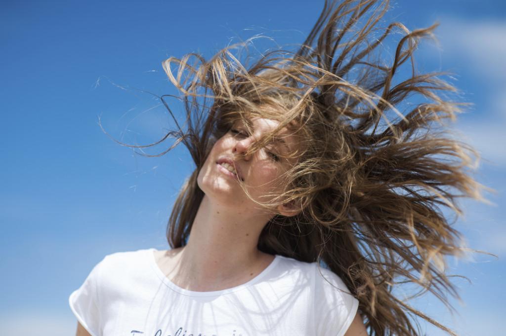 Lunghi al vento o con un pratico e trendy pixie cut? Scegliete il vostro taglio per l'estate 2014