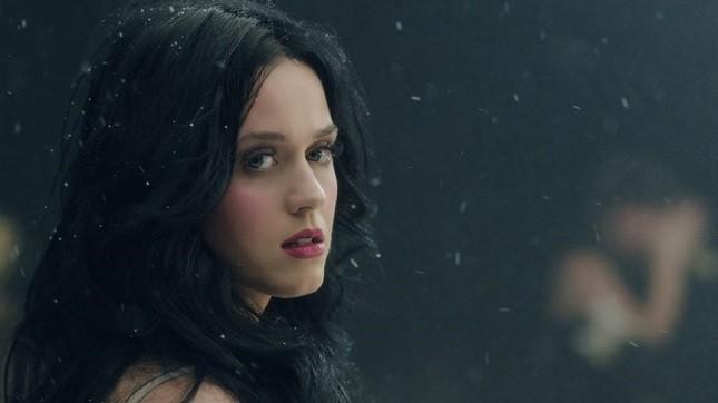 Katy Perry nel videoclip di