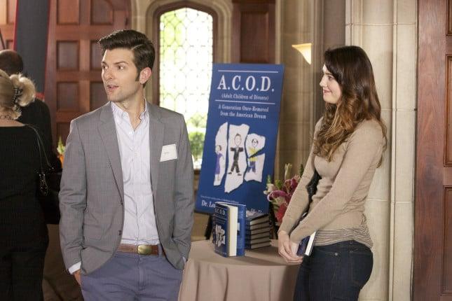 Adam Scott e Mary Elizabeth Winstead in una scena del film