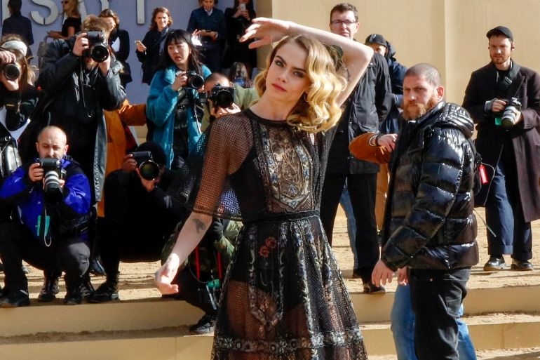 Copia il Look glam rock di Cara Delevingne