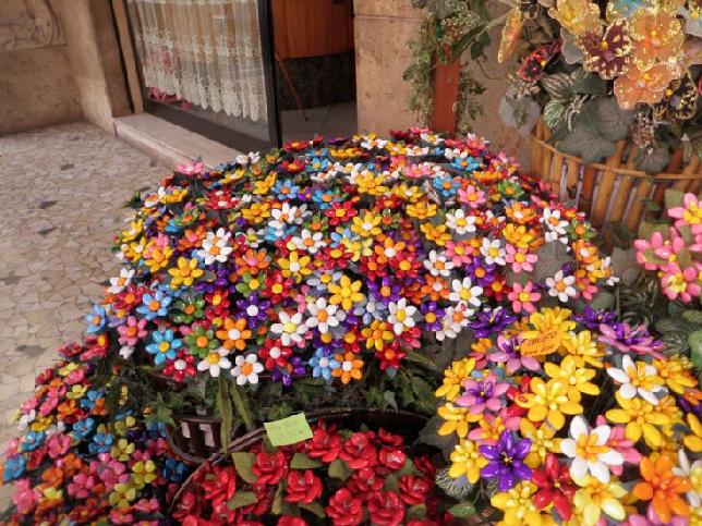Composizione Floreale di Confetti nella città abruzzese di Solmona
