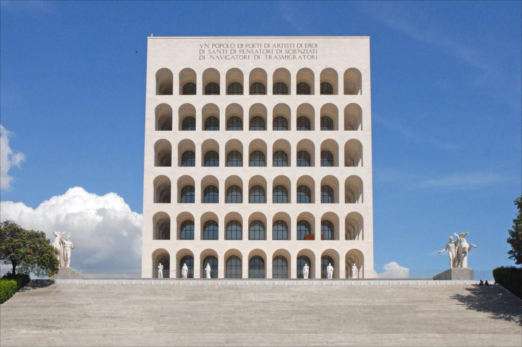 Palazzo della civiltà del lavoro (EUR, Rome) / wikipedia