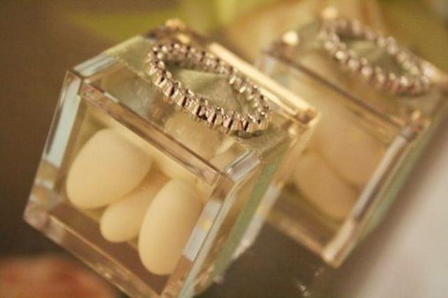 Confetti beige, ideali per festeggiare le Nozze di Porcellana