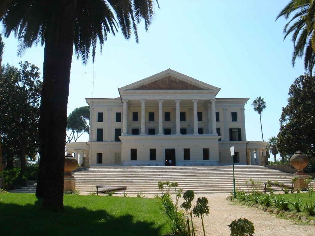 Villa Torlonia / wikipedia