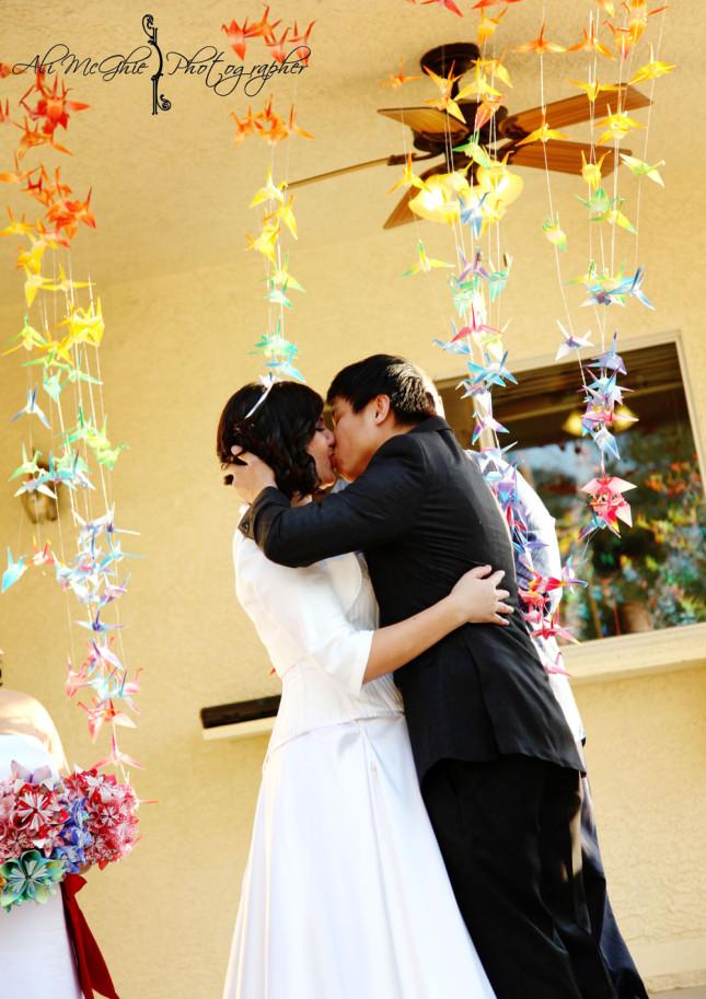 allestimento matrimonio con origami colorati littlevegaswedding