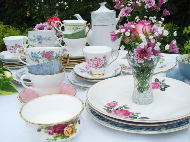 Allestimento tavolo dolci di un Wedding tea