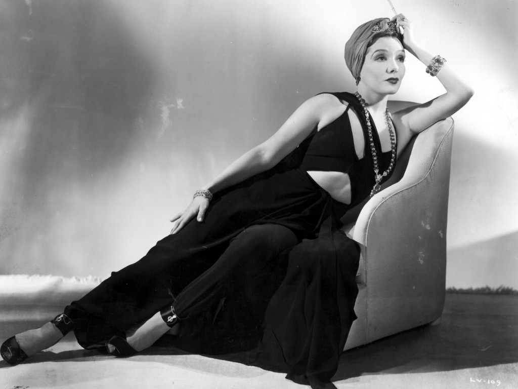 Lupe Velez: l'attrice degli anni '20 ci regala un bellissimo scatto indossando uno smokey eyes leggero e sfumato