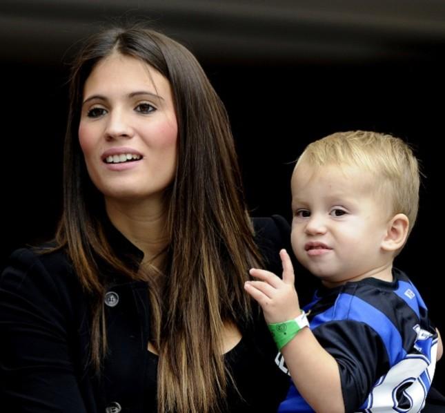 Carolina Marcialis allo stadio col figlio