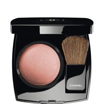 Chanel : blash delicato dal colore rosato da applicare sulle gote