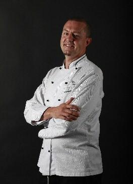 Filippo Novelli, campione del mondo di Gelateria 2012 e il sushi gelato a marchio  Comprital, delizierà la giornata d'inaugurazione con golosi esotici accostamenti